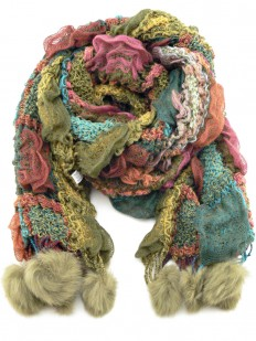 Écharpe tricotée vert