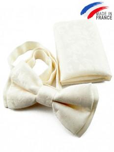 Noeud papillon ivoire avec pochette assortie